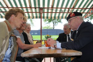 Bevrijdingsfestival 2014 ontmoeting met veteranen (62)